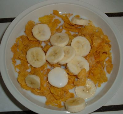 corn flakes and banana