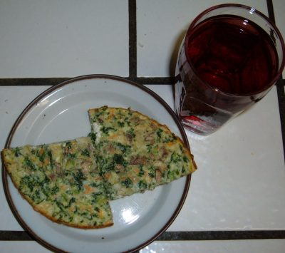 spinach quiche with blueberry juice