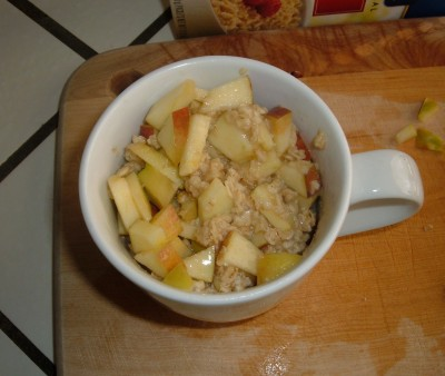 breakfast apple oatmeal