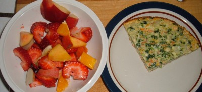 fruit and quiche breakfast