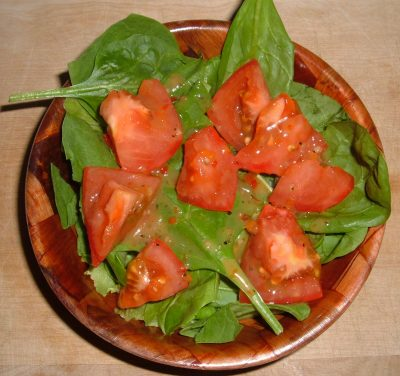 spinach salad with tomato