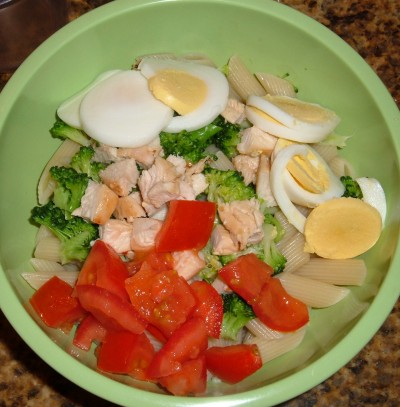 chicken broccoli egg pasta