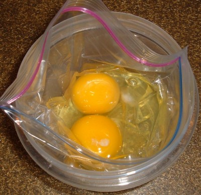 plastic bag omelet eggs