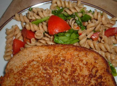 toasted cheese pasta salad