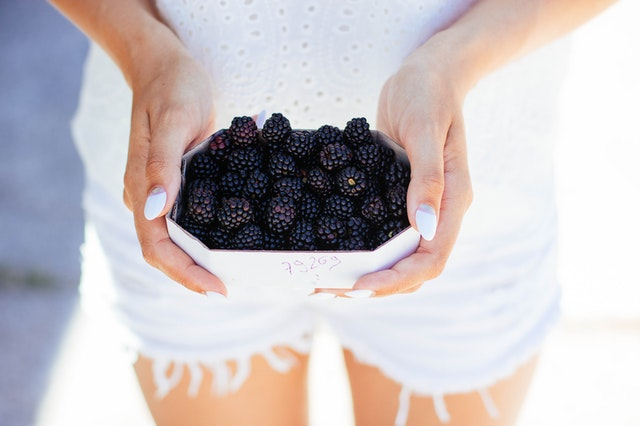 How to buy fresh blackberries